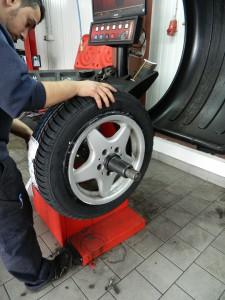 Schnelles Reifenumziehen