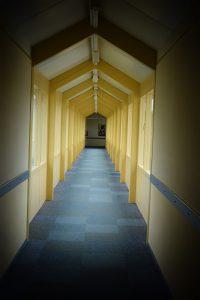 Zu den Meetingräumen im ersten Stock